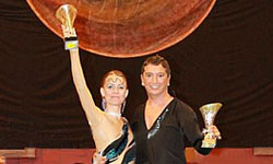 Armando del Bene et Delphine Zinck, 1re place en Showcase, West Coast Swing, à Vaulx-en-Velin 2014